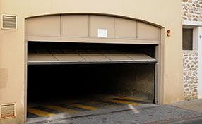 Garage Door Repair Services in Sun Valley